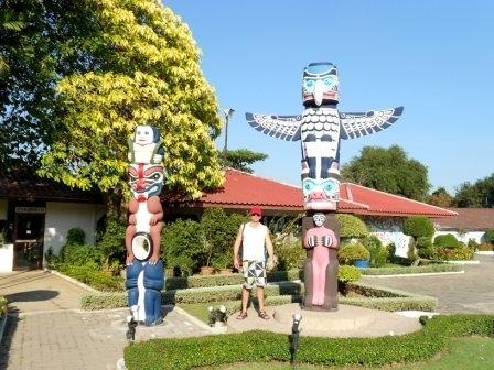 Тотемы индейских племён на территории